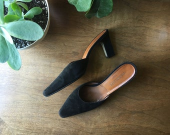 vtg SIZE 4 5 6 black suede french kidskin mules pointy toed clogs square heel fall shoes made in france vintage leather minimalist dressy