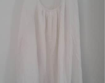 white cotton scoop neck tank