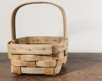 Collectible Longaberger Basket 1985 Small Square Basket Artist Signed Handwoven, Dresden Ohio