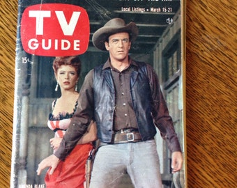 1958 TV Guide /James Arness and Amanda Blake/ Gunsmoke