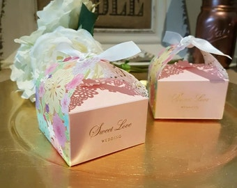 10x Trinangle Wedding Favor Paper Gift Box