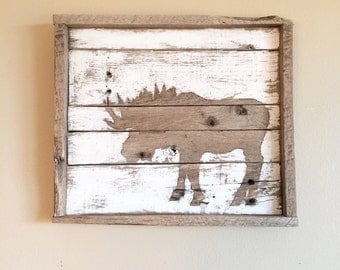 Moose Silhouette Reclaimed Wood Sign (White)