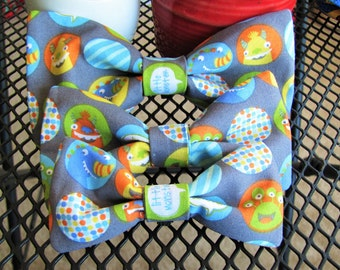 Everyday Pet Bow Tie, Little Monsters Pet Bow Tie, Dog Bow Tie, Cat Bow Tie -- [little monsters] -- BT3007