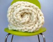 "Blanket KNITTING KIT. 25"" x 51"" Giant 40mm Knitting needles. Super Chunky DIY Throw knit, Learn to knit, extreme knitting pattern, crochet"