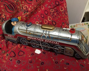 Marx Toy Train-Mountain Special 3671, Battery Operated from 1950s/1960s