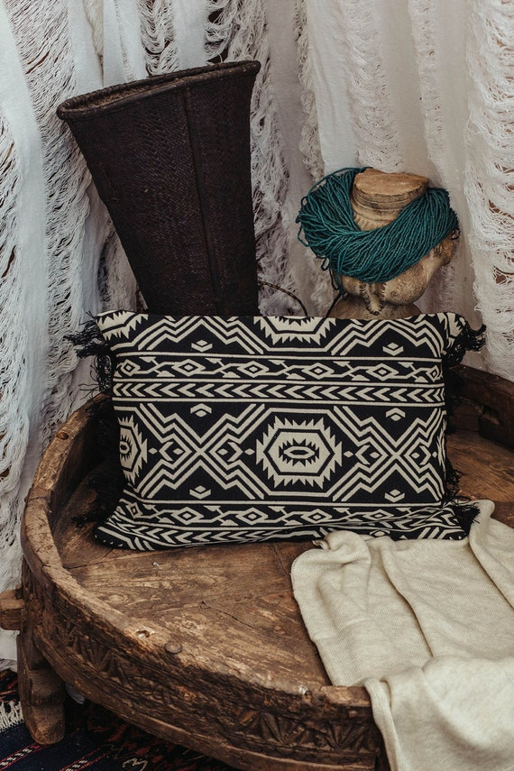 Tribal Throw Pillow Cover Knitted Black And White Decorative