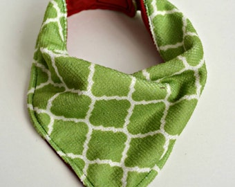 Bandana Bib - Baby Bib - Reversible Bibdana - Christmas, Terry green and Solid red