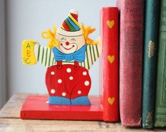 CLEARANCE SALE! Vintage Children's Bookends, Old Time-y Clown Wood Bookend's, Vintage Kid's decor