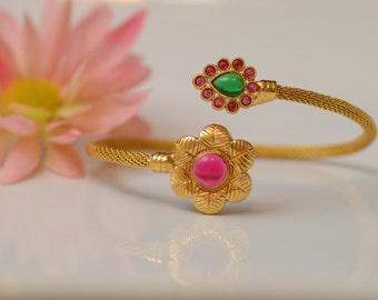Maayra Series Bangle/Kada-Simple & Elegant Kada,Indian Jewelry,Gold Tones,Multi Color Bangle,Bollywood Inspired,Floral Designs,Manorama's!!