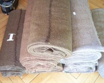 Handwoven wool fabric - brown colour dyed, twill 2/1.