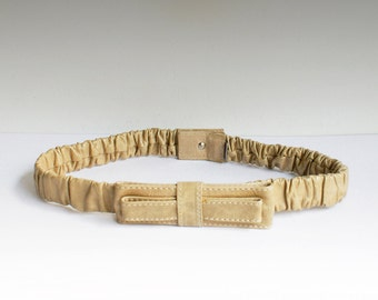 Vintage belt bow / favor, adjustable size, leather 80s