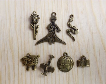 Charms with the little Prince in old gold theme