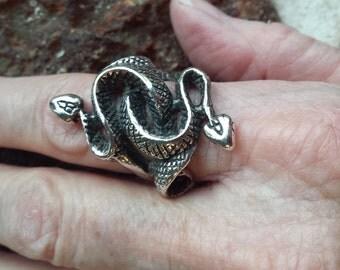Sterling silver vintage snake ring