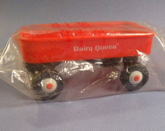 1991 Dairy Queen Radio Flyer Kids' Meal Prize