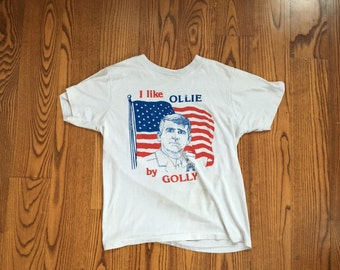 Vintage Thin I Like Ollie By Golly Oliver North T-Shirt Small
