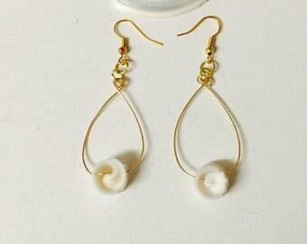 Hawaii Shell Gold Wire Hoop Dangling Earrings