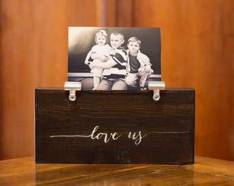 Photo Holder LOVE US Picture Clip Frame | Gift for Her | Teachers Gift | Baby Gift | Office Nursery Home | Picture Frame | Photo Frame