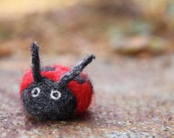 Felted Ladybug-Cute Ladybug-Ladybug Toy-Ladybug Sculture-Wool Ladybug