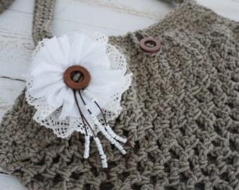 Boho romantic purse,  summer boho purse, lace flower, summer bag made in crochet, beige shouder bag