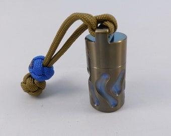 Capsule Bottle-2 / Titanium