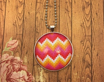Pink digital pyramids round glass tile necklace