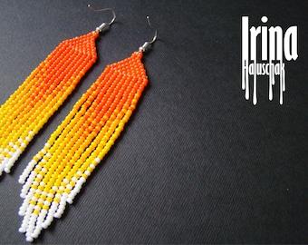 Beaded earrings, seed bead earrings, modern earrings, boho earrings, fringe earrings, beadwork, gradation from orange to white Chevron