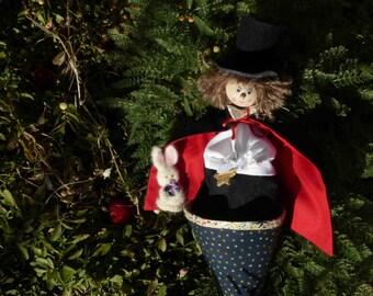 magician (cone puppet)