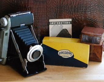 FREE SHIPPING!! - Vintage Kodak Tourist II Camera & Arcadia Slide Viewer Set - 1950's Press Camera with Accordion Lens and Bakelite Viewer