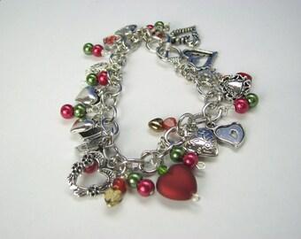 EHMB #29  CHARMING HEARTS Bracelet