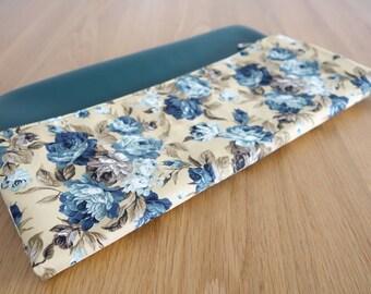 mmoriyo - Handmade Foldover Clutch with Vintage Blue Rose Print