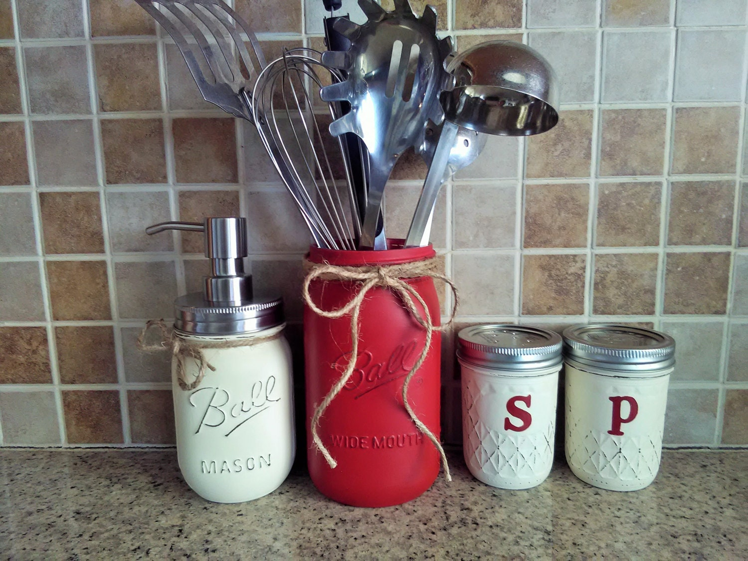 Mason jar kitchen decor redmason jar kitchen set kitchen for Kitchen jar decoration