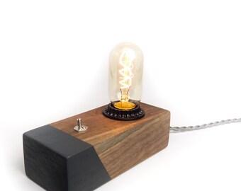 Desktop Edison Lamp, Walnut