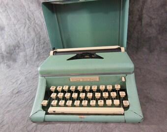 Vintage Tom Thumb Typewriter - 1950s - Works