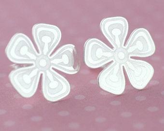 Flower Stud Earrings , Sterling Silver Large Flower Stud, Silver Flower Post Earrings, Silver Girls Earrings, Silver Studs, Gift for Her