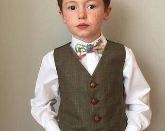 Boys waistcoat 5-6 years in a splendid brown check with hints of rich reds and yellows  'Hatter' SALE
