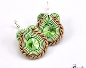 Small Green Earrings Soutache, Green Dangle Earrings, Small beige Earrings, Small beige dangle earrings, small earrings soutache,  Orecchini