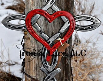 Shiny Horseshoe cross  with heart© (painted heart in the middle)