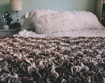 Fuzzy Sonoma Throw-Blanket