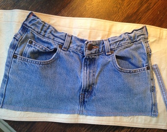 Denim and Canvas HALF APRON with pockets.  Re-purposed Old Navy Jeans.