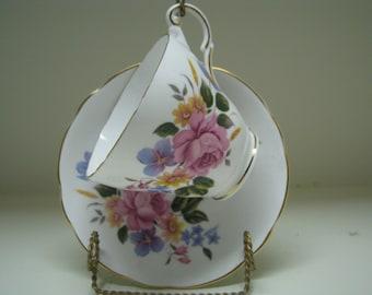 Teacup & saucer Regency Bone China England