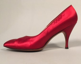 Vintage 1950s Shoes | Deep Ruby Red Satin Stiletto Heels | Size 8N