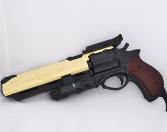 Hawkmoon gun from Destiny Full size cosplay / replica with moving parts, Assembled