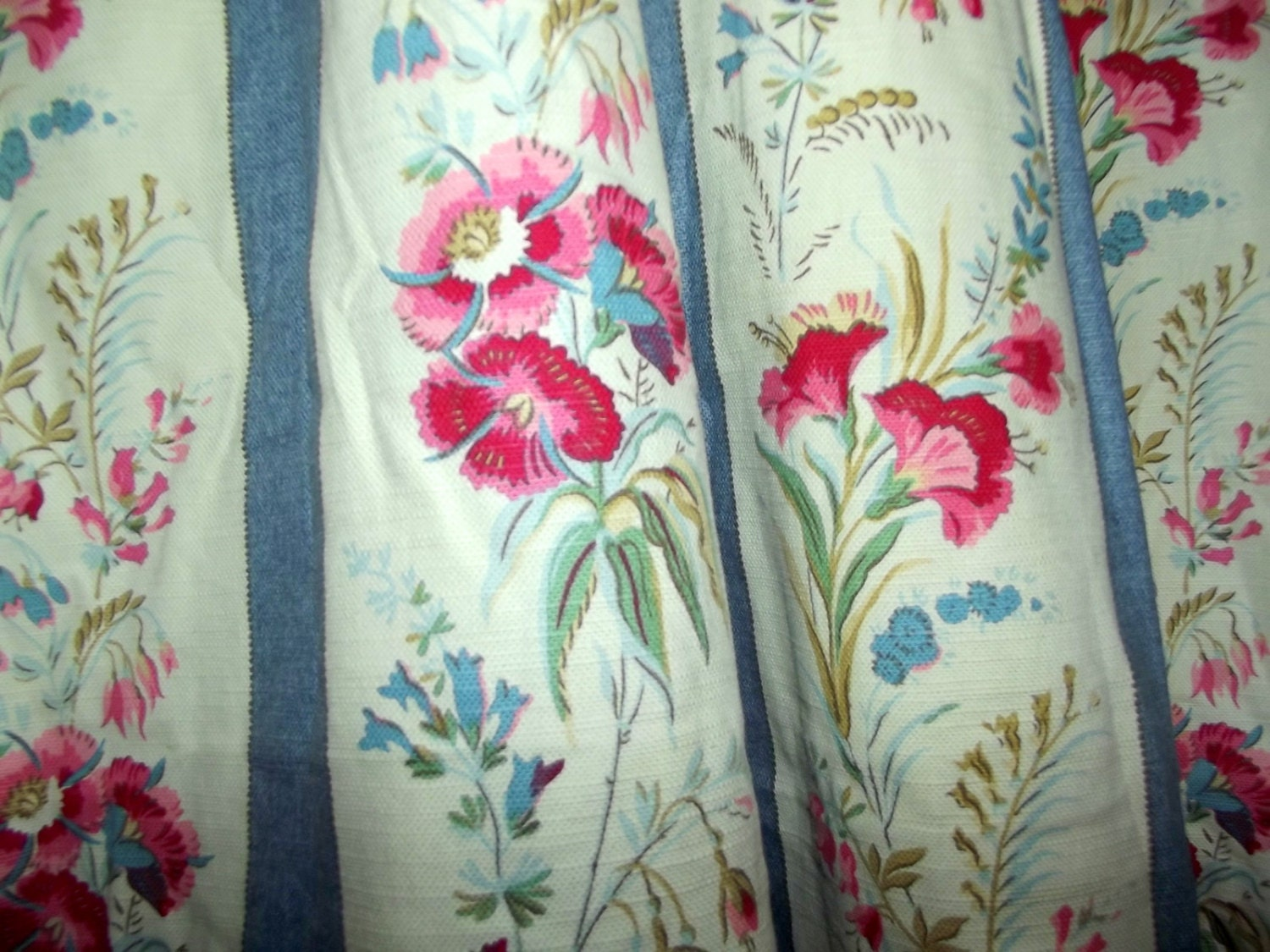laura ashley pair of large vintage curtains by. Black Bedroom Furniture Sets. Home Design Ideas