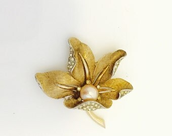 Vintage Marcel Boucher Floral Brooch with Solitaire Pearl and Rhinestones.
