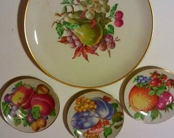 Vintage Decorative Fruit Plates