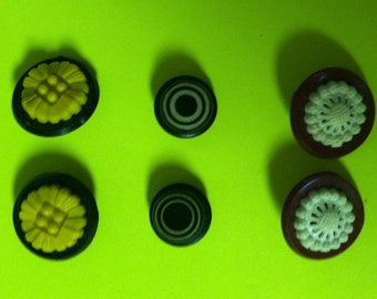 3 Pairs of Vintage Bakelite Buttons