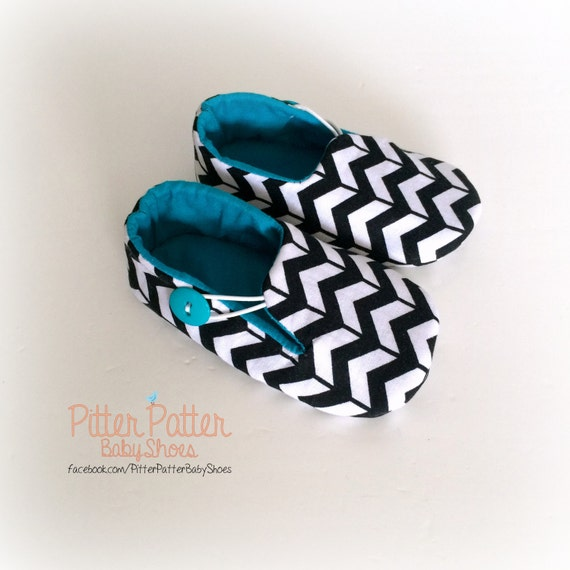 black and white chevron baby shoes unisex baby booties