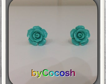 Pretty 10 mm Coral Carved Stud earring.Sterling Silver stud earrings.Light Green  Earring.Birthday Earring,FREE SHIPPING!!!  bycocosh,
