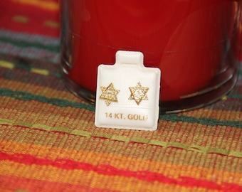 14K Gold Star Of David Earrings Vintage New Fine Jewlery Post/Stud Earrings with a butterfly back Unique with a Chai in the center