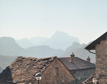 Spain // Pyrenees Town